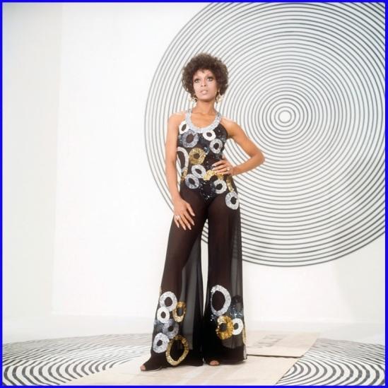 lola-falana-1973-mondadori-portfolio
